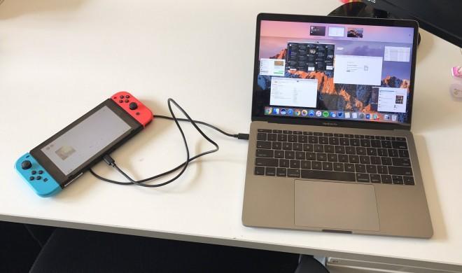 Nintendo Switch lädt das MacBook Pro auf
