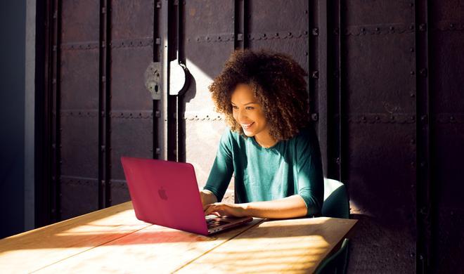 Artwizz Rubber Clip: Sicherer Schutz und mehr Farbe für Ihr neues MacBook Pro