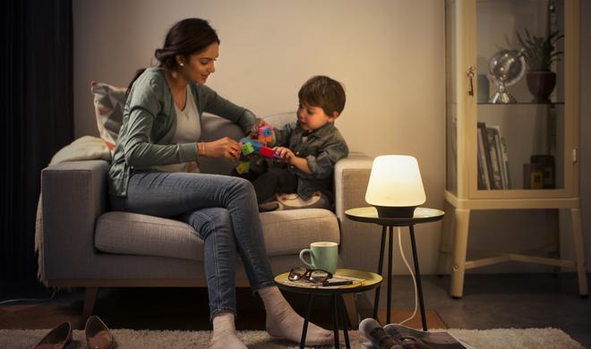 Philips Hue mit neuen Tisch- und Deckenlampen