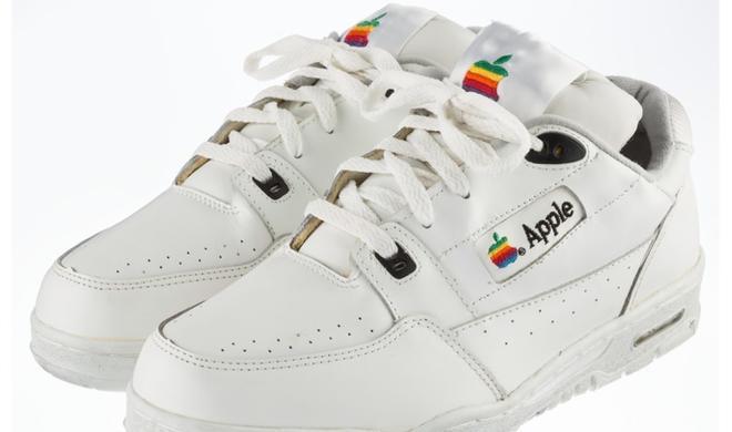 Wahnsinn: Apple-Sneaker sollen 30.000 US-Dollar bei Versteigerung einbringen