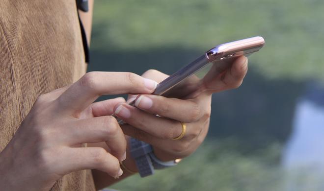 So können Sie Ihrem iPhone auch offline Texte diktieren