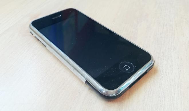 Das denken die ersten vier iPhone-Tester nach zehn Jahren über die erste Generation