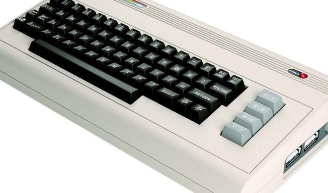Retro-Mini-C64 im Angebot, inklusive Joystick
