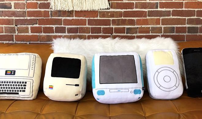 Kissen vom iMac, iPod und Co. für Fans: throwboy sammelt Geld ein