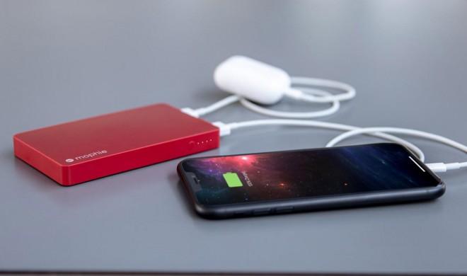 Mophie: Powerbank wird über Lightning aufgeladen
