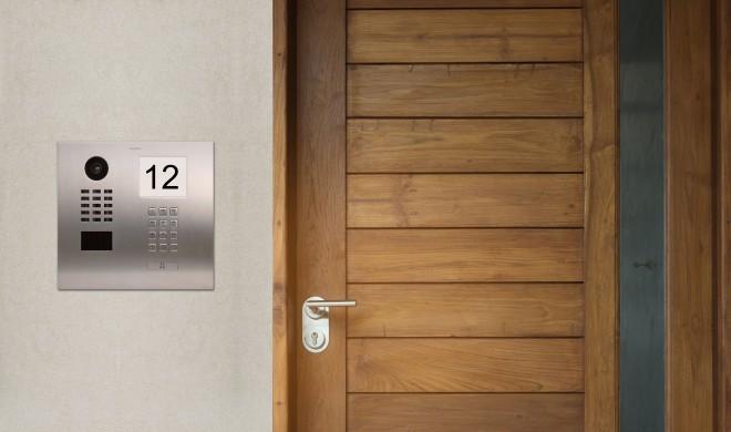 DoorBird stellt neue smarte Video-Türsprechanlagen für Ein- und Mehrfamilienhäuser vor