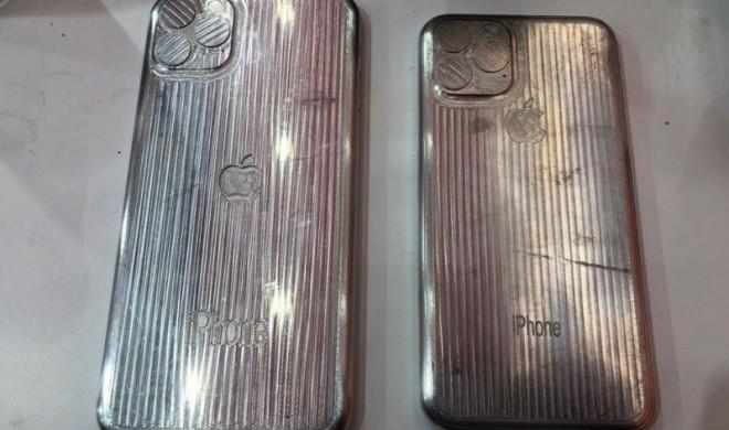 Sind das die Gussformen für Hüllen zum iPhone XI und XI Max?