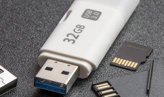 Apple-Partner bald Eier legende Wollmilchsau? Foxconn erhöht Gebot für Toshibas Flash-Sparte