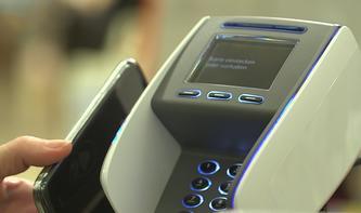 Allensbach-Studie zum Bezahlen mit barer Münze auf dem Smartphone