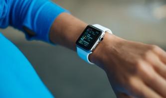 """watchOS 5: So aktivieren Sie Siri an der Apple Watch - ohne """"Hey Siri"""""""