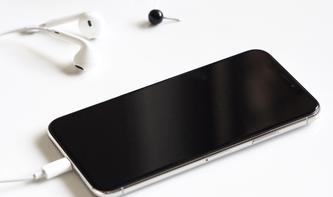 Heißen die neuen Apple-Smartphones iPhone XC, XS und XS Plus?