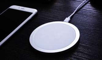 hardwrk Wireless Charger Single: Qi-Lader für das iPhone zum Einführungspreis