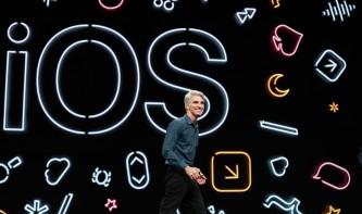 """Apples Craig Federighi scherzt über USB-Sticks am iPad: """"Wir sind bereit die 1990er anzuerkennen"""""""